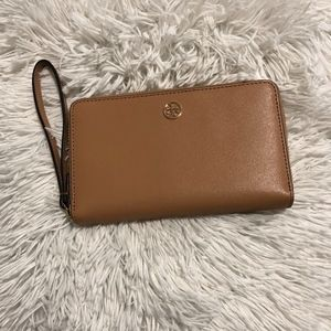 TORY BURCH ZIP CONTINENTAL WALLET